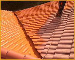 couvreur peinture toit tuile entretien toiture montpellier h rault 34. Black Bedroom Furniture Sets. Home Design Ideas
